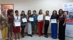 Antofagastinas se certifican en Curso Corte y Confección en el marco del Programa Beca Laboral
